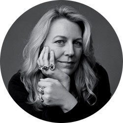 Tác giả Cheryl Strayed